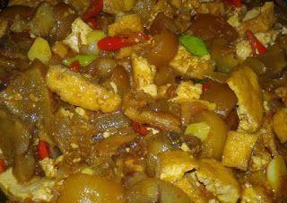 Karwek Jaya: Resep masakan cecek/krecek kulit sapi.