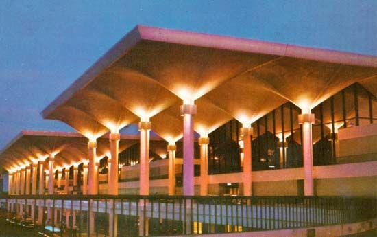 MEM ~Memphis International Airport~ Memphis, TN