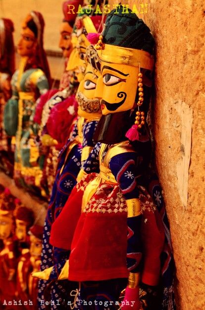 #jaiselmer #incredibleindia #India #travelling #photography #puppets #fort #vivid