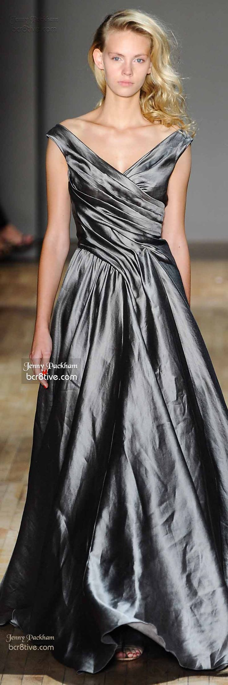 Jenny Packham Spring 2015 120914   jaglady...interesting bodice and I love the color...you can wear any color shoe/accessories with this.