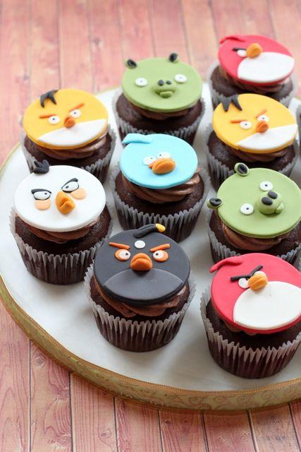 Angry Birds cupcakes by Simply Cupcake, via Flickr
