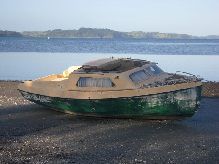 Boat at Snells beach. New Zealand. Photo by Sally Williams