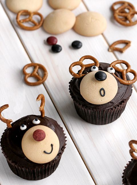 These christmas reindeer cupcakes is delicious and easy to make.