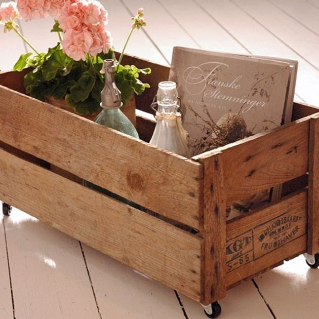 Æblekasser er bare skønne…#frugtkasse med hjul   Tinadalbøge.dk