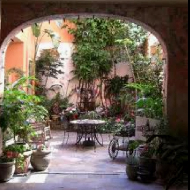 French Quarters Apartments: 15 Best New Orleans Courtyards Images On Pinterest