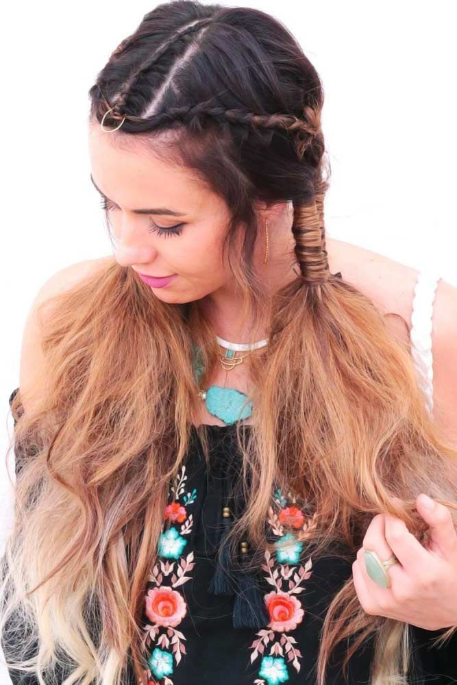 25 Peace Love Hippie Hairstyles For Rock N Roll Queens Hairstyles Hippie Love Peace In 2020 Haar Styling Rock Frisuren Geflochtene Frisuren