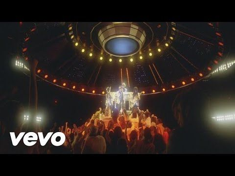 Daft Punk - Lose Yourself to Dance (Official Version) - YouTube