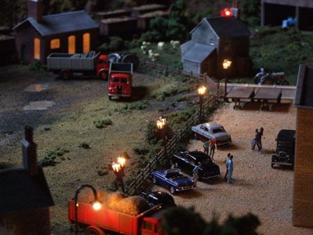 Model Railroad Layout With Night Scenes