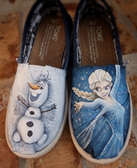 Frozen Gifts for Girls:   Disney's Frozen Princess Elsa and Olaf on Hand Painted Youth Toms Shoes by Zachary Connelly Art @ Etsy