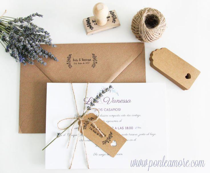 Hoy quiero compartiros una manera de hacer unas invitaciones muy bonitas low cost. Estas son las invitaciones que he utilizado para dar a los...
