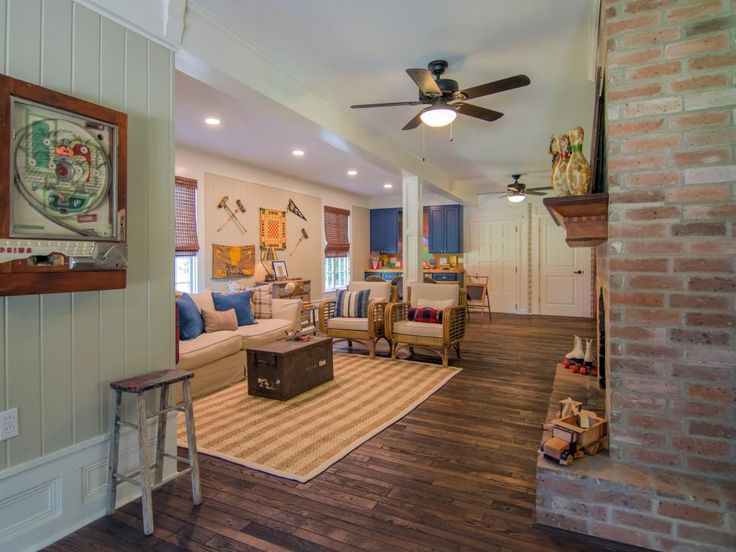 Ben and Erin Napier help a military family with three young kids transition to small-town life, renovating a run-down 1917 Craftsman cottage to create a family friendly dream home.