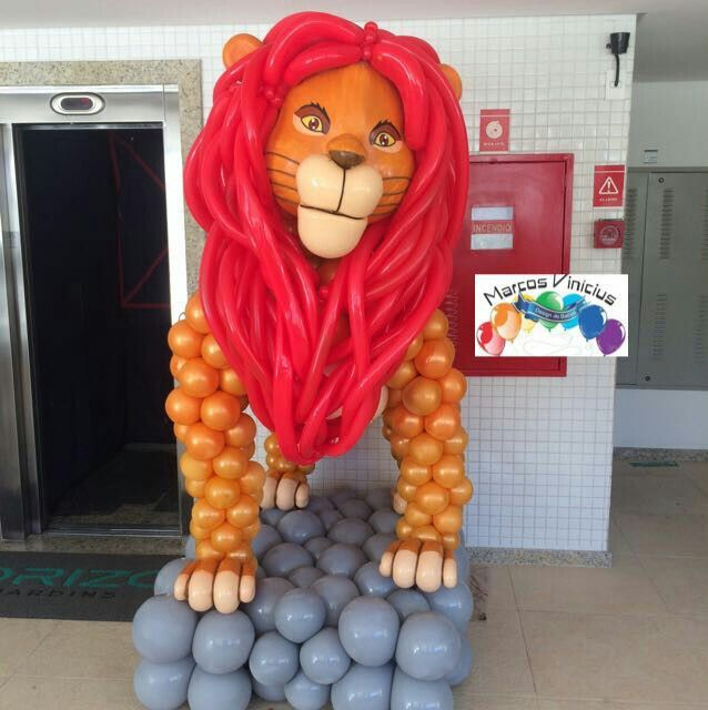 Simba the Lion King Balloon Sculpture. Well done.