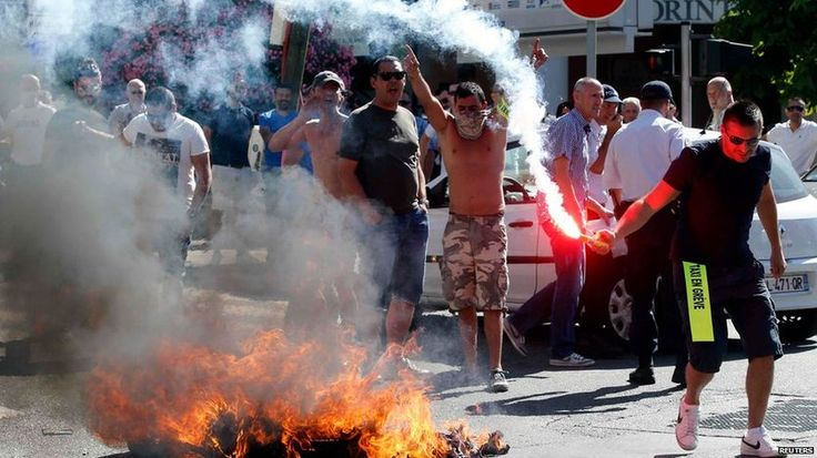 France cracks down on Uber service after protests