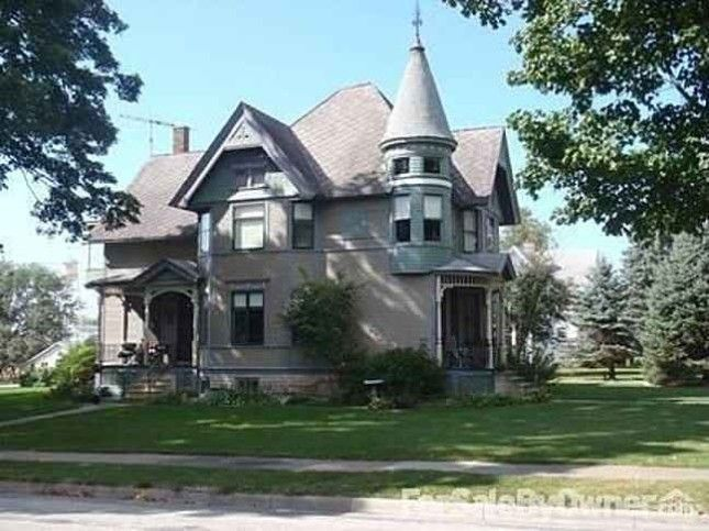 Old House Dreams   A blog of my old and historic house finds    Page. 61 best Cool old houses images on Pinterest   Old houses