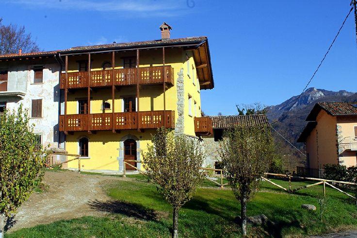 Erfahren Sie Näheres über den Bauernhof Il posto delle fragole. Er befindet sich in Gebirge in San Giovanni Bianco - Sentino (Bergamo), bietet Nur Übernachtung, Halbpension, Vollpension, Übernachtung mit Frühstück in Zimmer - San Giovanni Bianco - Sentino.