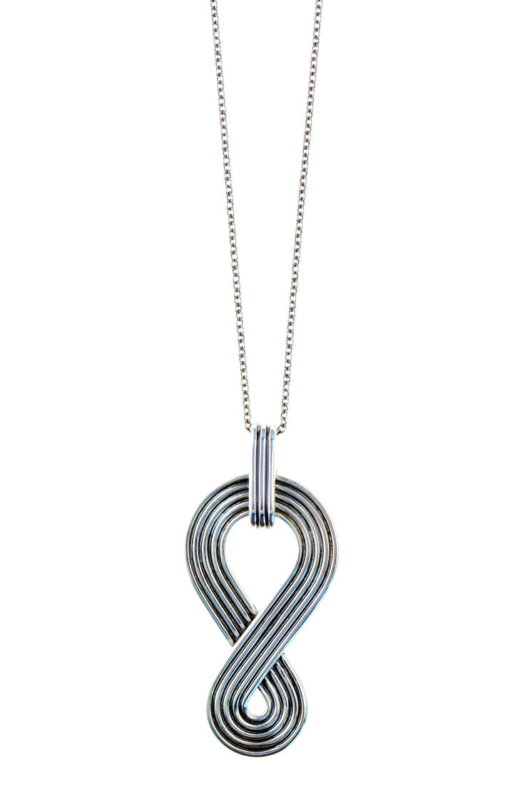 Charlotte necklace with pendant in sterling silver. Future Glam limited edition Winter 2014.