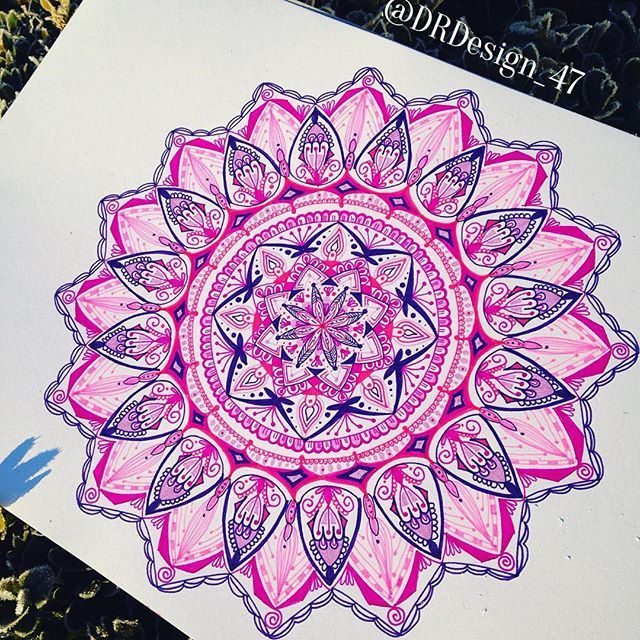 Working process #mandala #mandalala #mandalapassion  #mandalalove #love_mandalas #mandala_sharing #mandalaart #mandalamaze  #featuregalaxy #mandalaplanet #zentanglemandalalove #beautiful_mandalas #hearttangles  #mandaladesign #arts_help #heymandalas #gorgeousmandala #antistres  #mizu_art #helpmyart  #zendala  #mandaladrawing #zendala #mandalastyle #mandalas #arts_secret #artshub #drawing  #staedtler #mystaedler #triplesartists
