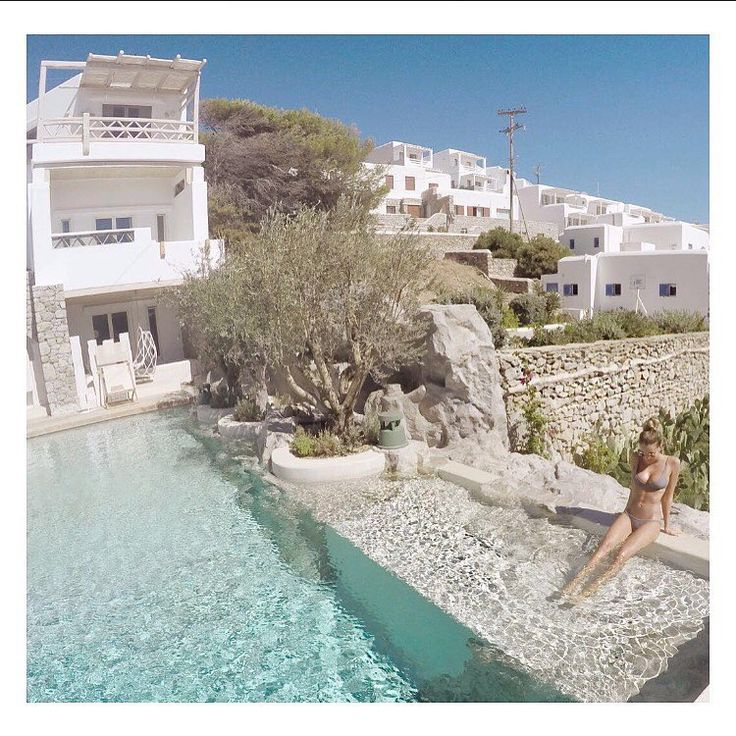 Point to the hills and say, go all the way up #Mykonos