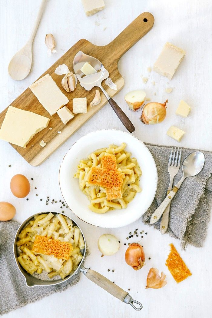 Comme Soie – Food & Styling Concepts // Mac and Cheese // Food Photography // Food Styling // Food Blogger // Food Stylist // Food Photographer //  Recipe