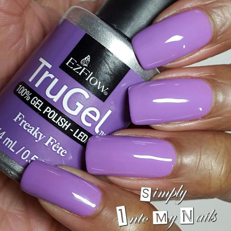 Simply Into My NAILS is really rockin' Freaky Fete, a gorgeous medium purple, perfect for #spring. #ezflownailsystems #trugel #manimonday