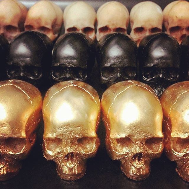 Skull bottle stoppers from Iron & Glory stocked in the TSY New Hope, PA shop. selvedgeyard.com/shop <link in bio>