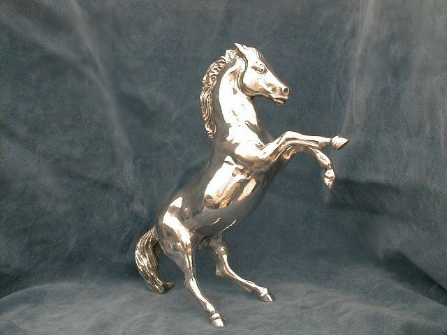 Prancing Horse silver 925 on request also in yellow or white gold 18 kt Height: 150 mm Width: 10 mm Depth: 60 mm Weight: 520 - Dogale Jewellery Venice Italia www.veneziagioielli.com