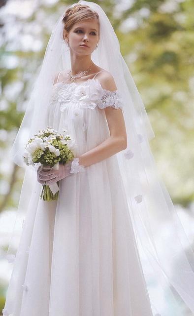 69 best loose flouncy wedding dress images on pinterest for Best wedding dresses for pregnant brides