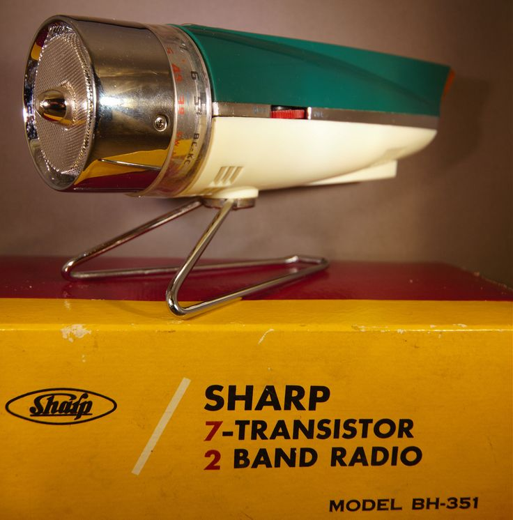 SHARP BH-351 ROCKET RADIO (bonne_jan) Tags: radio sharp rocket transistor 1959 bh351 tranket