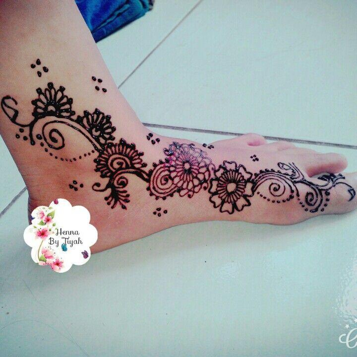 Tiyah henna