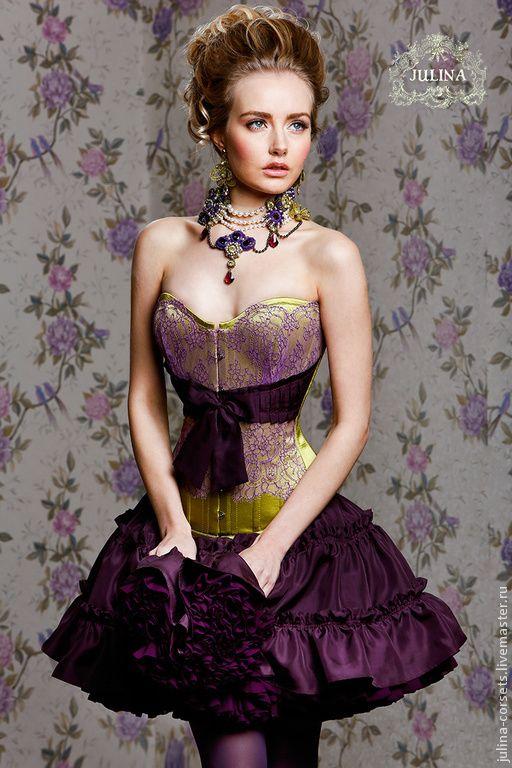 """Купить Шелковое корсетное платье """"Марианна"""" - салатовый, бордовый, сливовый, фиолетовый, платье корсетное, корсет"""
