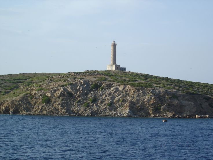 Syros lighthouse #south_aegean