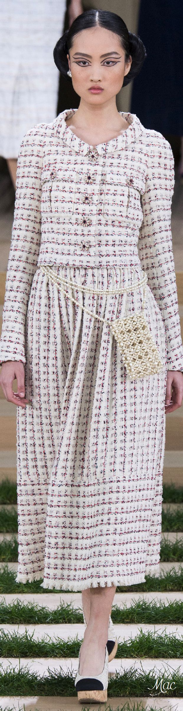 Spring 2016 Haute Couture Chanel Mais