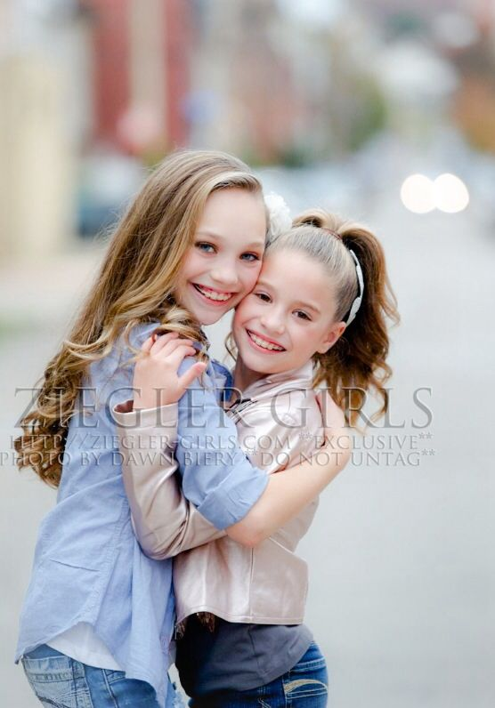 Maddie Ziegler and Mackenzie Ziegler | Dance moms ...