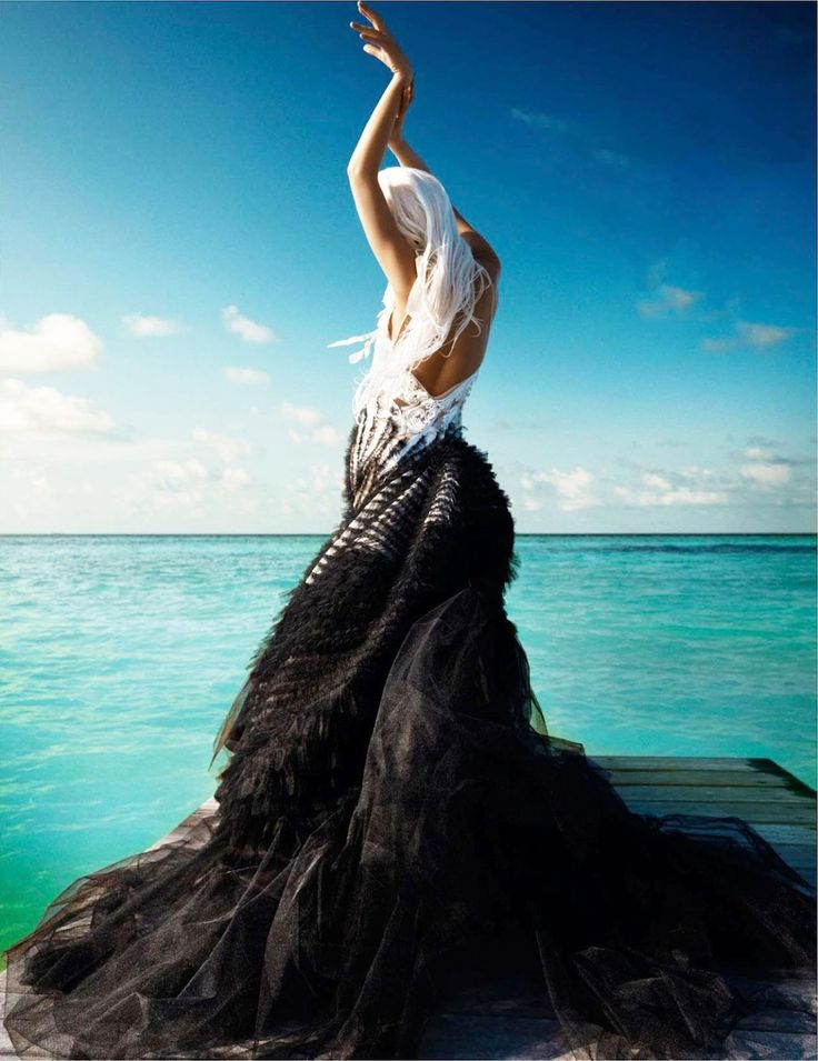 """""""Sea Fairy"""" from the editorial """"Water Sign""""   Model: Jessiann Gravel-Beland, Photographer: Luis Monteiro, Underwater Photographers: Sumer Verma & Umeed Mistry, Vogue India, May 2012"""