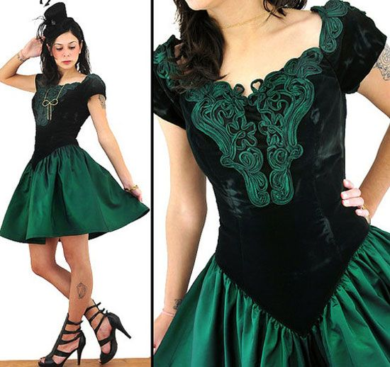 20-Best-Christmas-Dresses-Costumes-Outfits-2012-For-Teen-Girls-Women-2