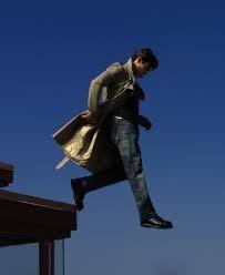 """Heroes : sexy Peter Petrelli (Milo Ventimiglia) can fly ! / Dans la série """"Heroes"""", Peter Petrelli (Milo Ventimiglia) ne se contente pas d'être mignon, il vole !"""