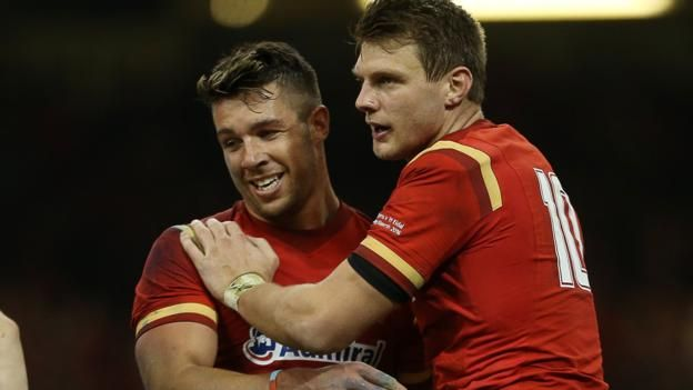 Six Nations 2016: Wales 67-14 Italy - BBC Sport