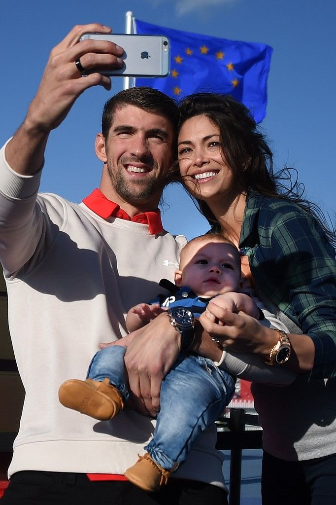 Michael Phelps & his family : wife Nicole & son Boomer