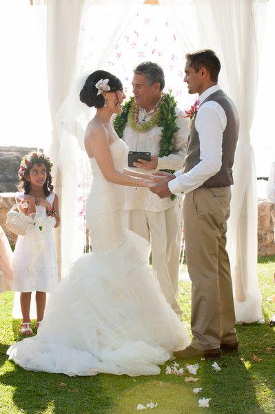 Destination Hawaii Beach Wedding: Shannon & Neelesh   March 28   Kapolei, Hawaii