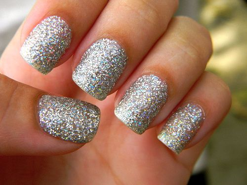 Best 25 silver sparkle nails ideas on pinterest sparkle gel i love clunky glittery nailpolish prinsesfo Images