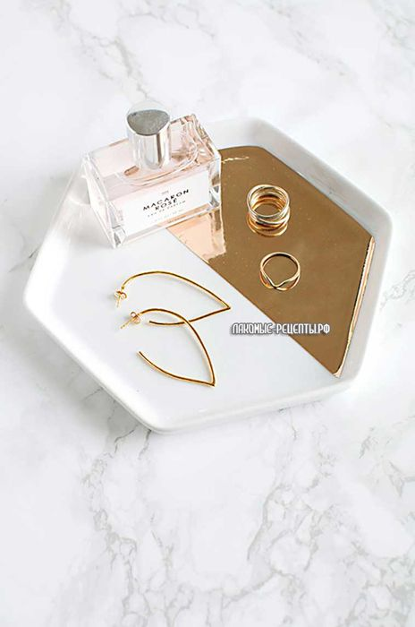 Mirrored gold hexagon tray DIY