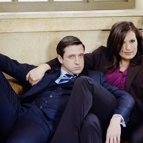 Mariska Hargitay / Raul Esparza / Law and Order SVU