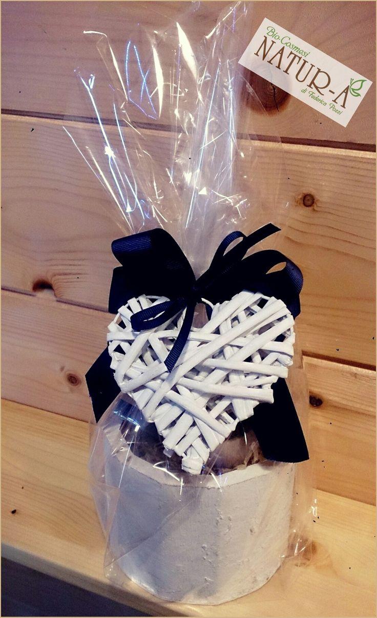 Gift box cesto legno fiocco blu  🎀 e cuore legno ❤