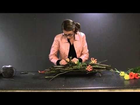 Hoe maak ik een bloemstuk met weinig bloemen?