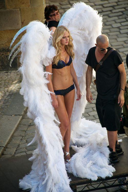 Victoria's Secret Angel/ Pi Phi Angels #piphi #pibetaphi