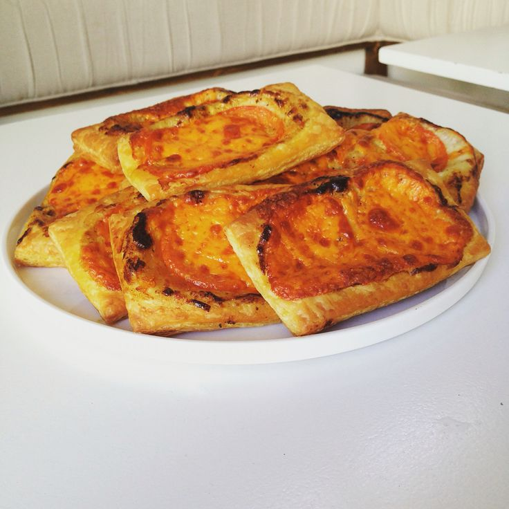 Come in for lunch and grab a cheddar and tomato tartine.