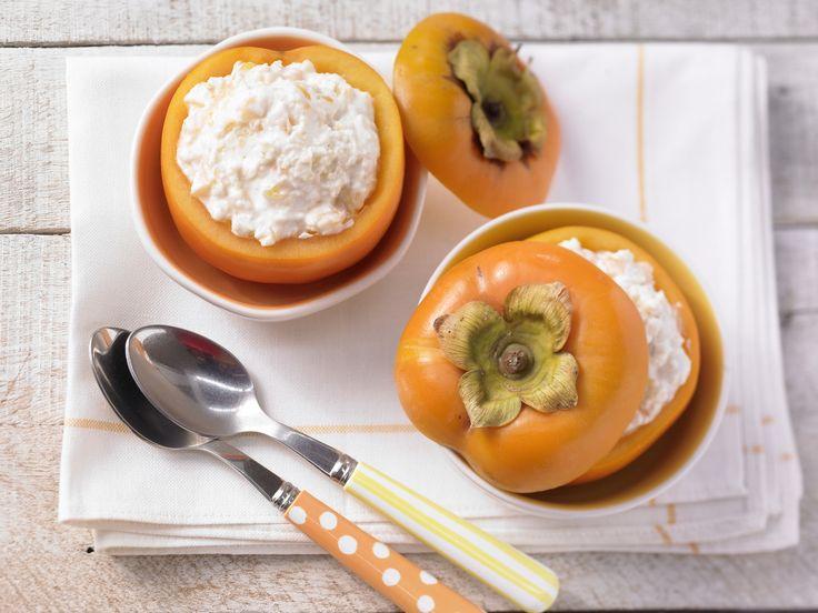 Der exotische Joghurt bringt Power für den Vormittag! Kaki-Joghurt mit Hirseflocken - Kinderfrühstück (1–6 Jahre) - smarter - Kalorien: 245 Kcal - Zeit: 5 Min. | eatsmarter.de