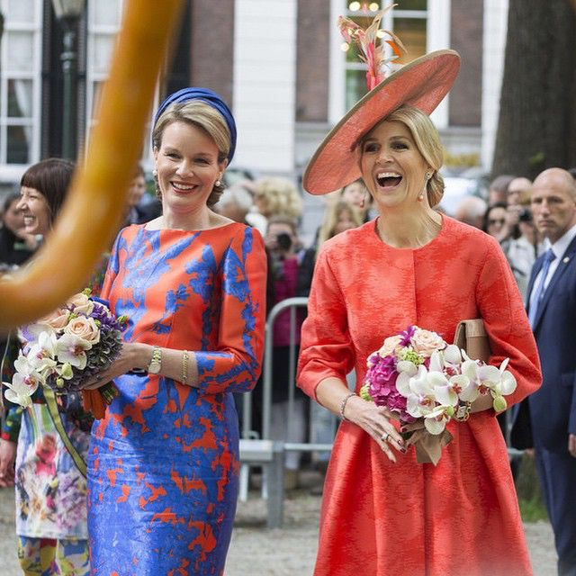 20-05-2015 Koningin Maxima en Koningin Mathilde openen op het Lange Voorhout in Den Haag de tentoonstelling 'Vormidable Hedendaagse Vlaamse Beeldhouwkunst'
