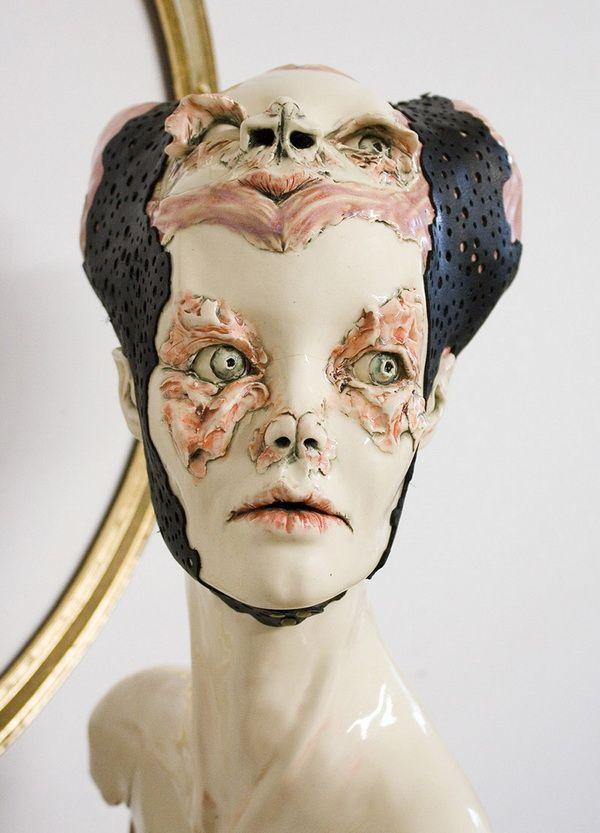 Artist a day: Sarah Louise Davey; Art Form: Skulptura; Country: SAD