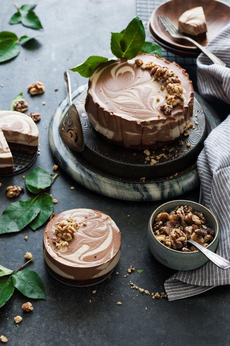 black bottomed chocolate vanilla swirl cheesecake #vegan